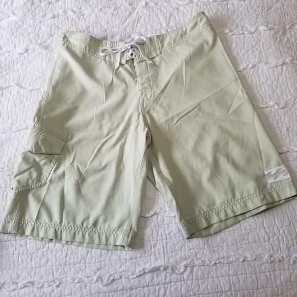 Billabong Aloe Green Board Shorts 34 Like New